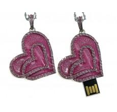 Флешка Сердце-подвеска розовое со стразами