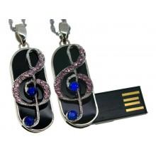 Флешка музыкальная. Скрипичный ключ брелок с розовыми и синими стразами